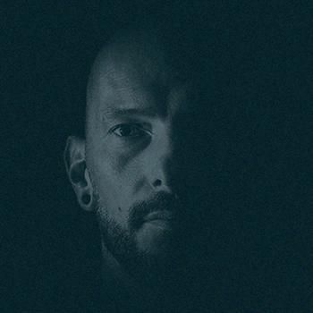 Wim Bombey - Vocals - Traveler
